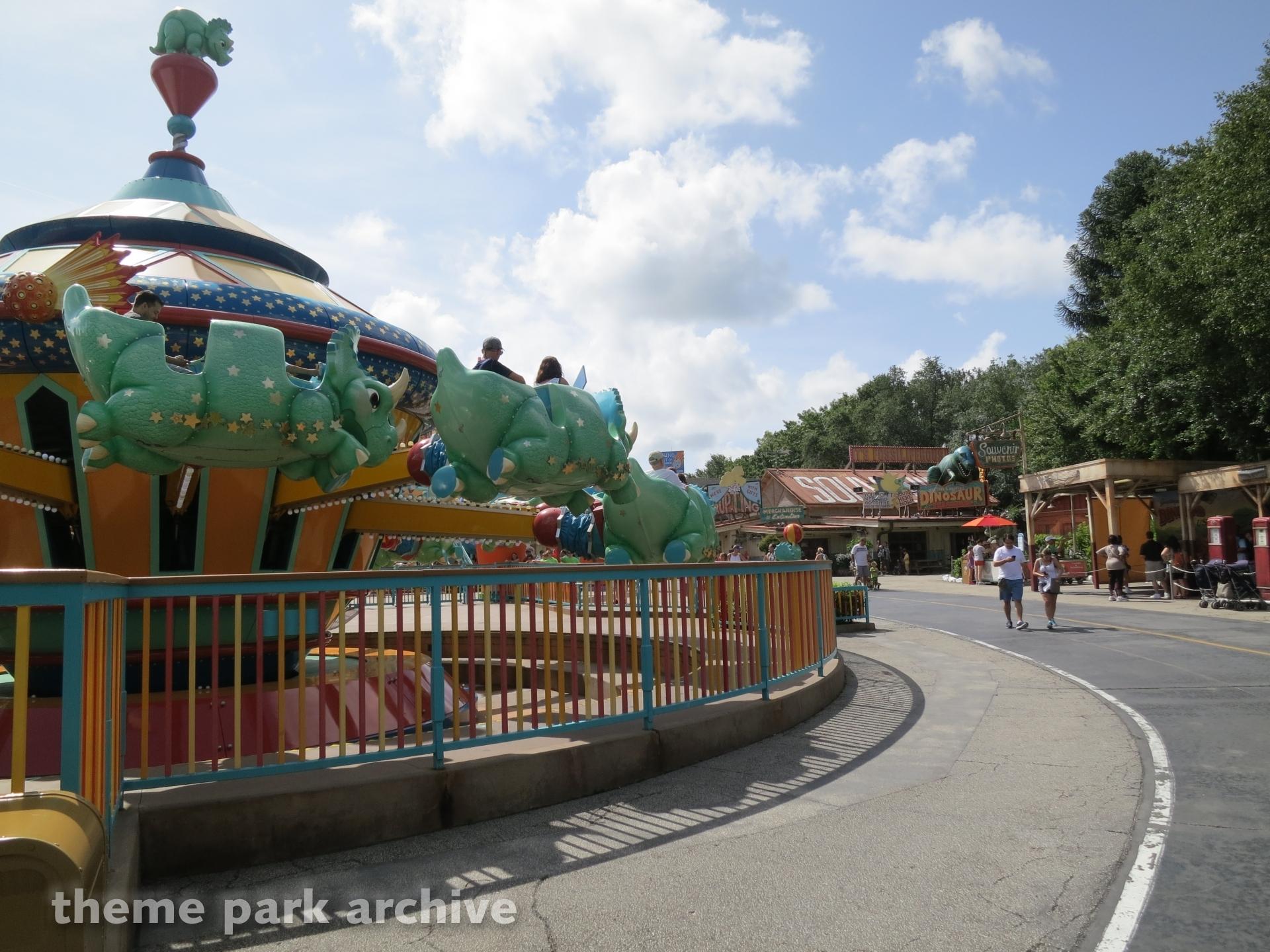 TriceraTop Spin at Disney's Animal Kingdom