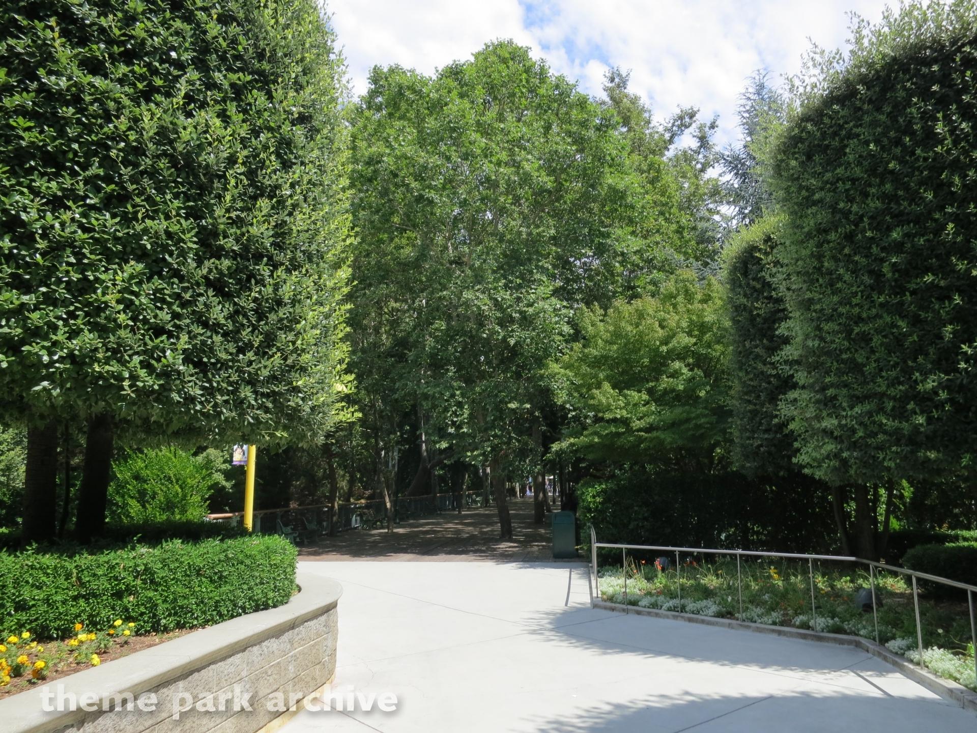 Entrance at Gilroy Gardens