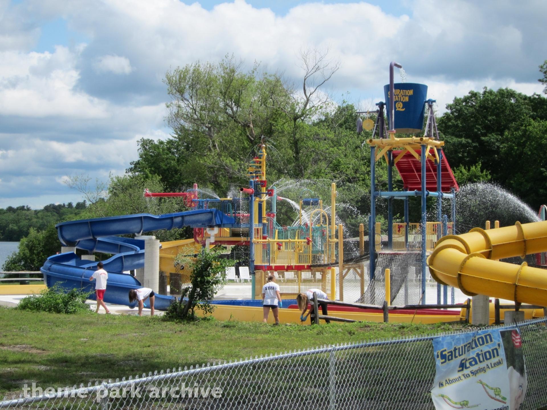 Splash Away Bay at Quassy Amusement Park