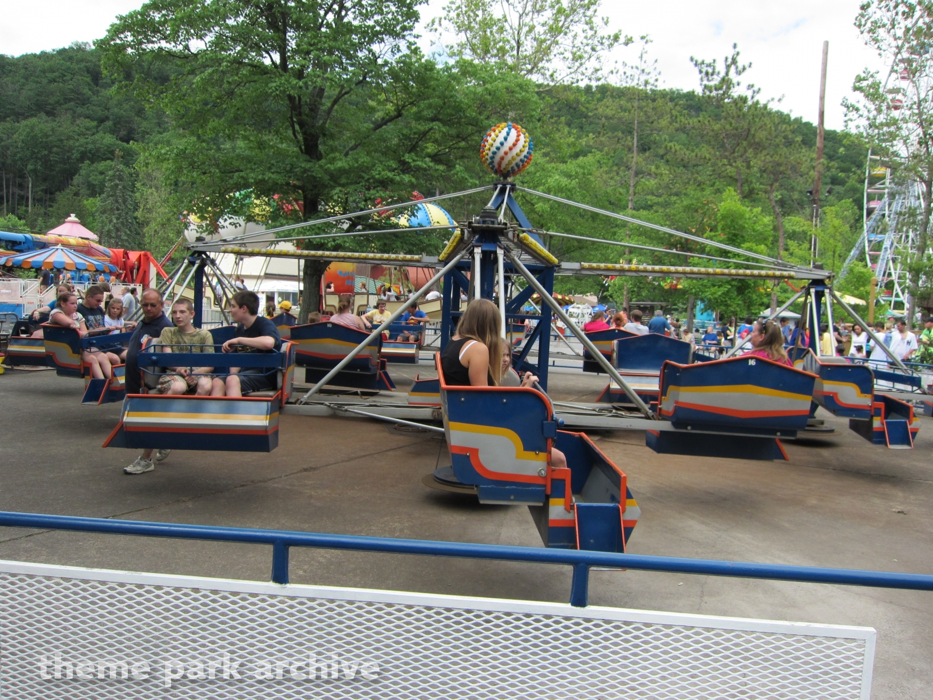 Merry Mixer at Knoebels Amusement Resort