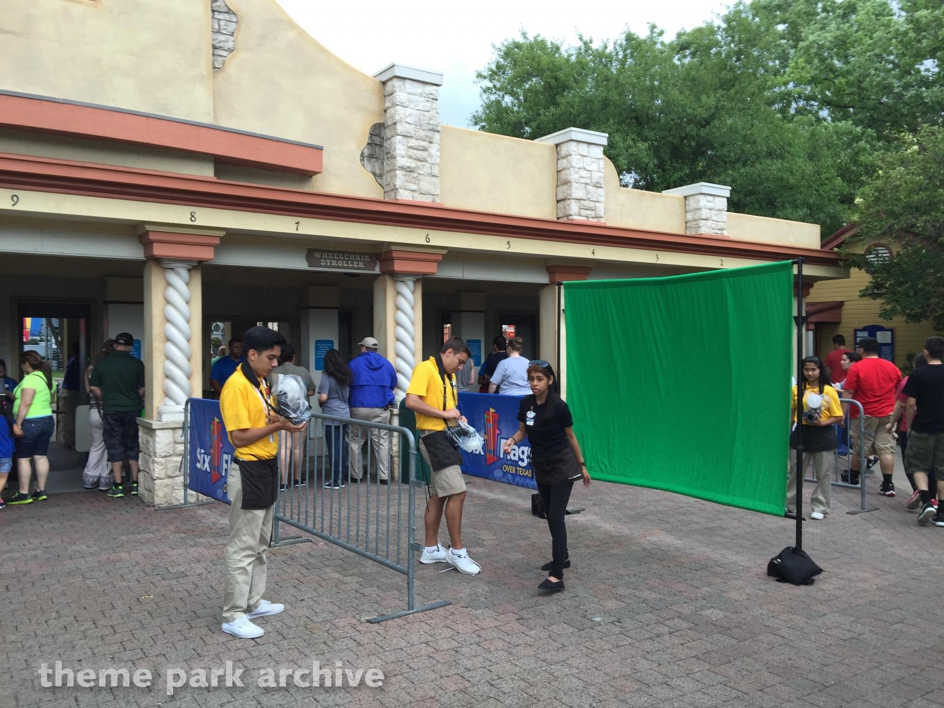 La Vibora at Six Flags Over Texas