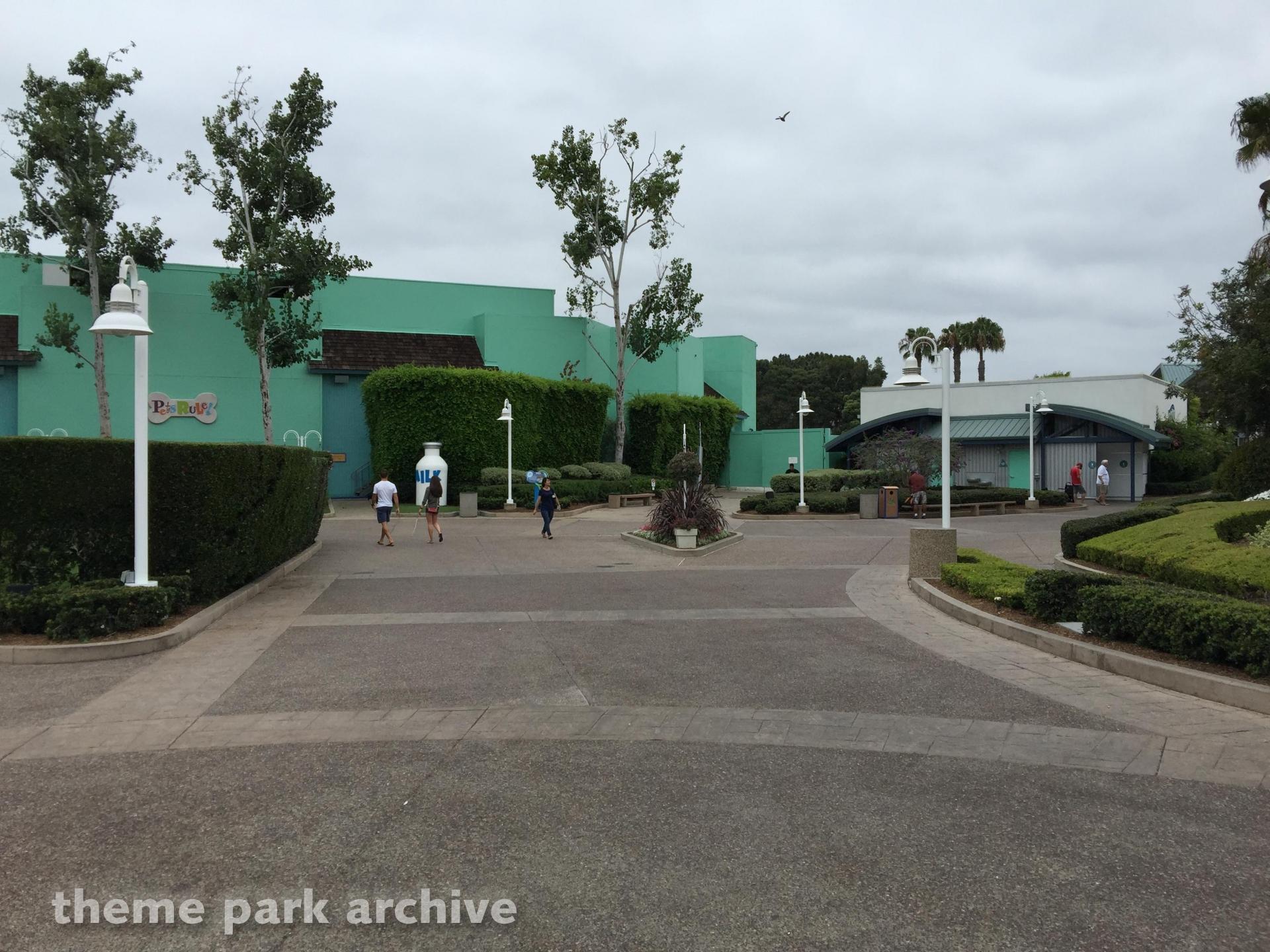 Pets Stadium at Sea World San Diego