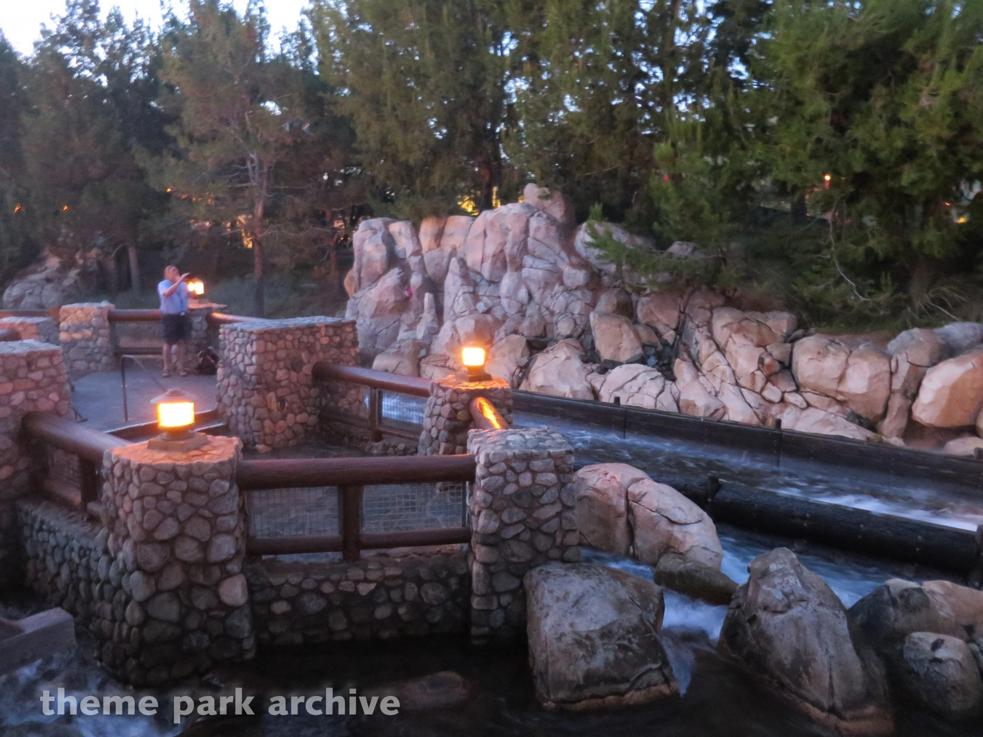 Grizzly River Run At Disney California Adventure Theme