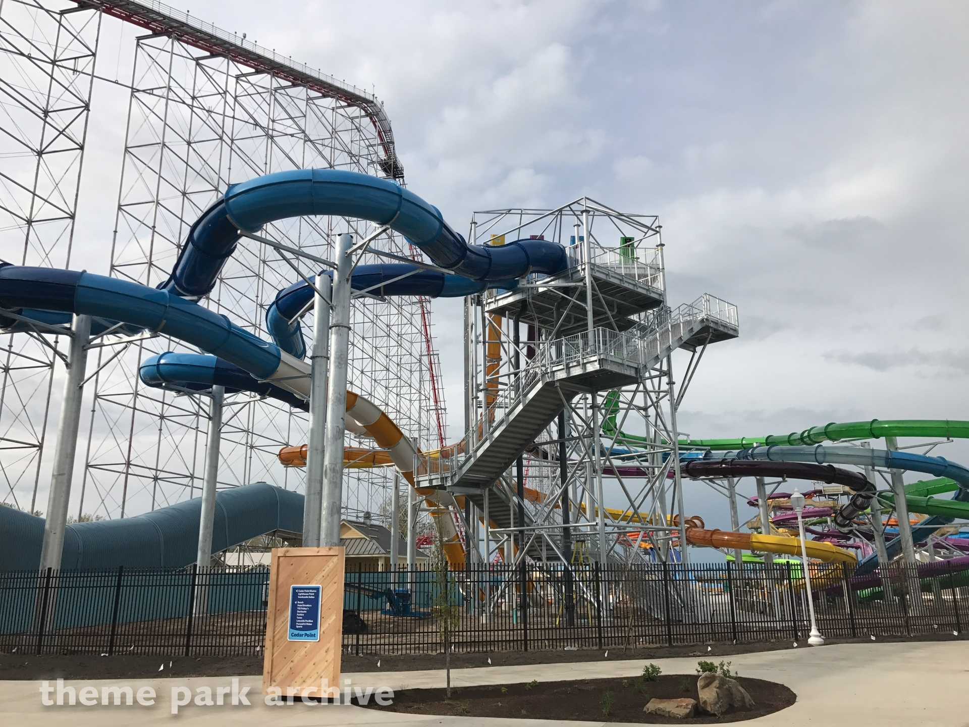 Point Plummet and Portside Plunge at Cedar Point