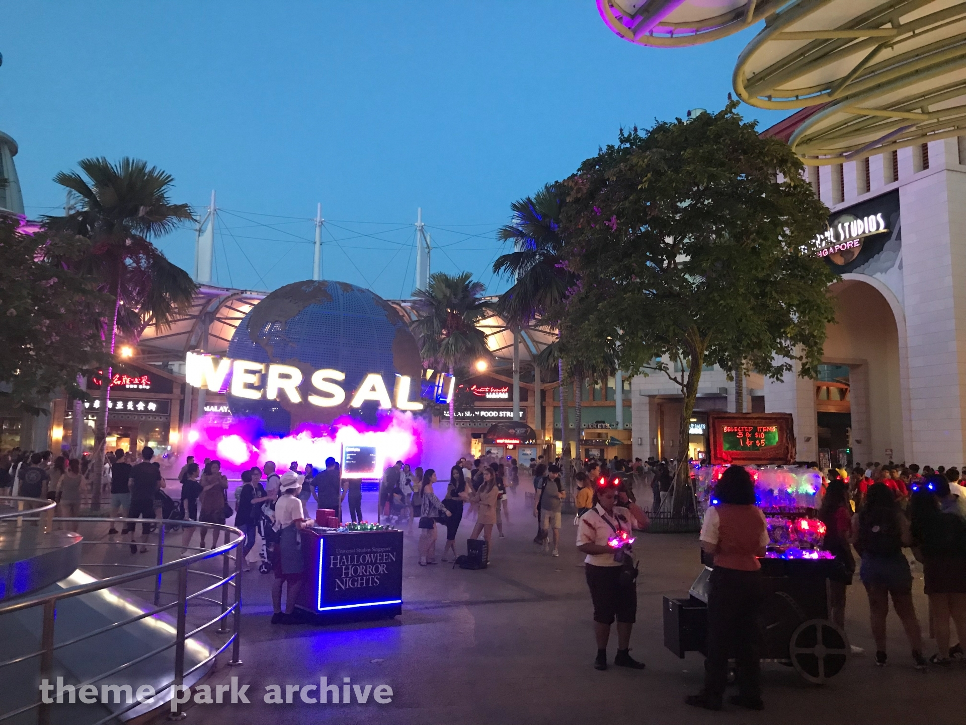 Entrance at Universal Studios Singapore