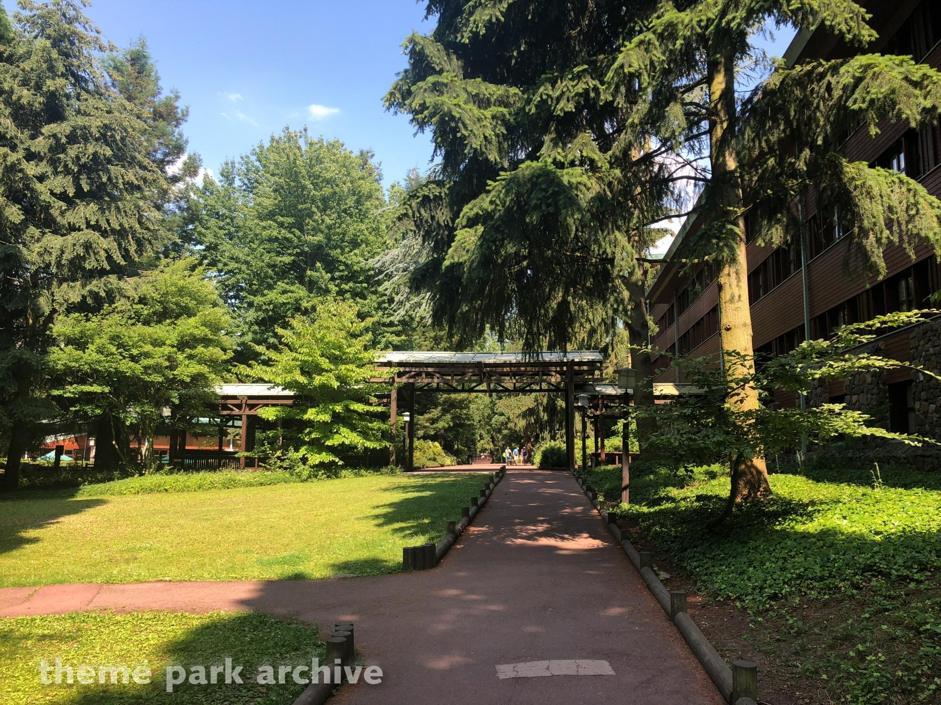 Disney's Sequoia Lodge at Disney Village