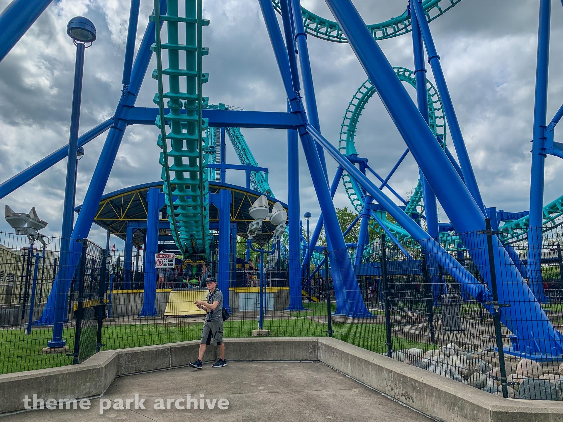 Invertigo at Kings Island | Theme Park Archive