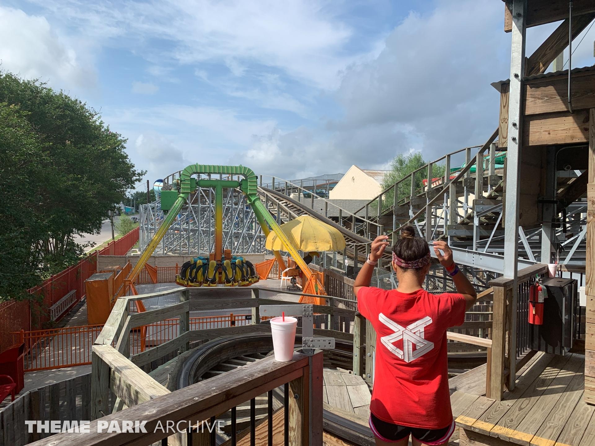 Dizzy Toucan at ZDT's Amusement Park