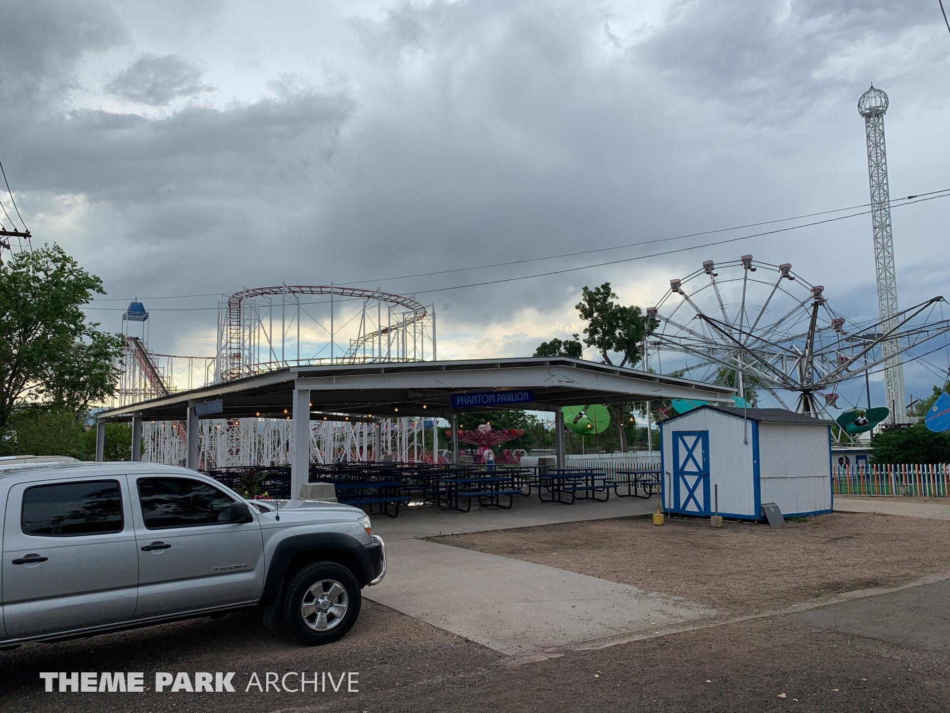 Parking at Lakeside Amusement Park