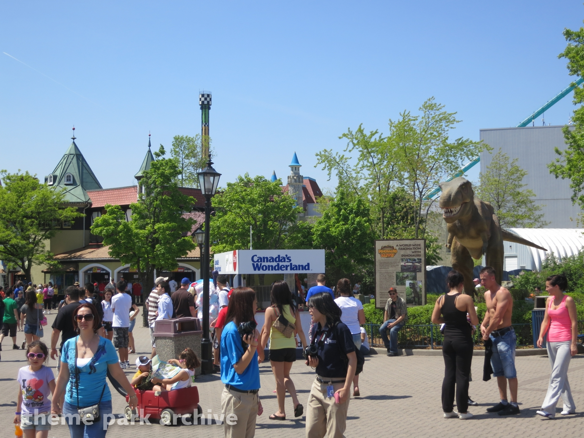 International Street at Canada's Wonderland