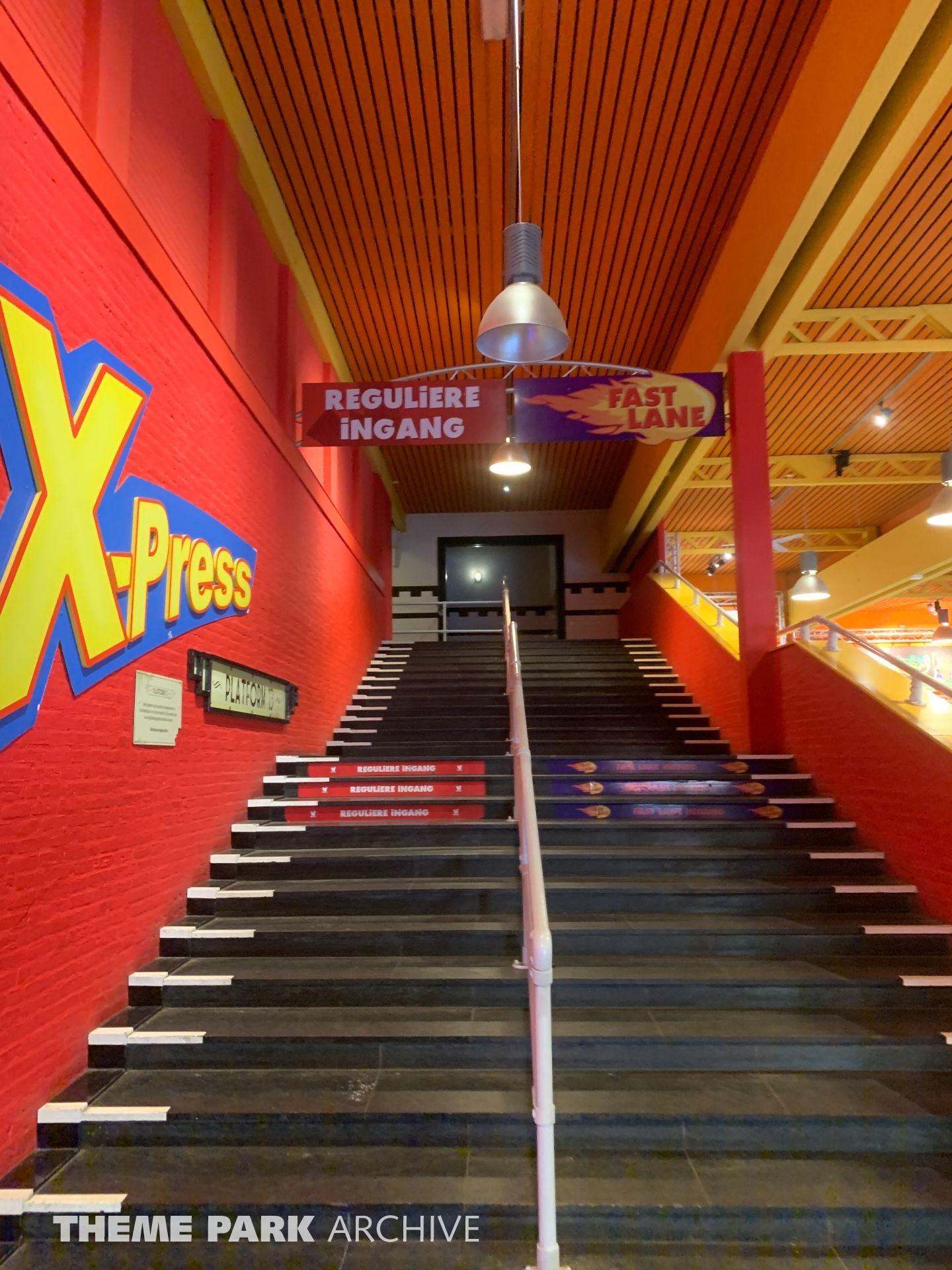 Xpress Platform 13 at Walibi Holland