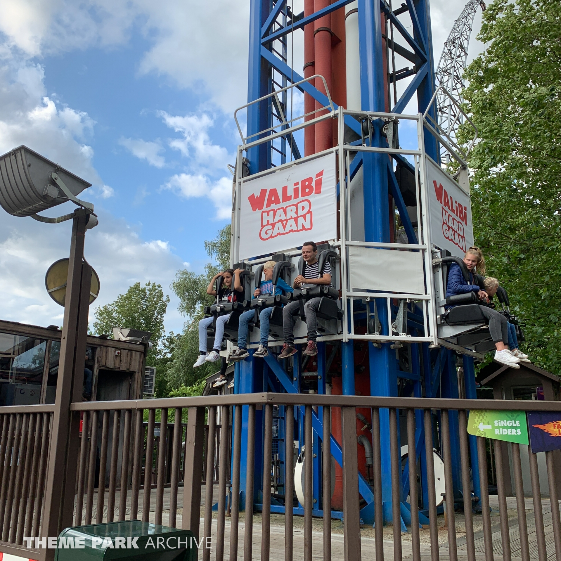 Space Shot at Walibi Holland