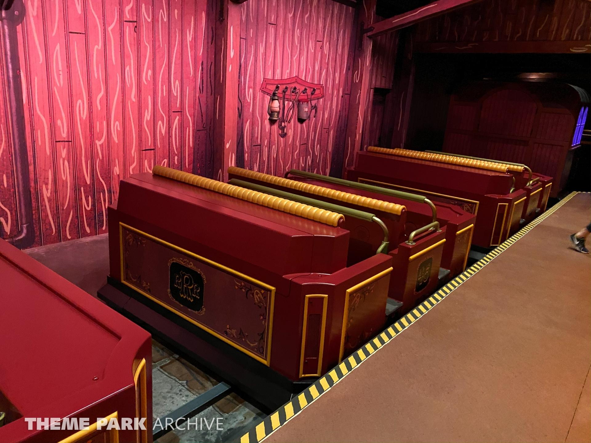 Mickey & Minnie's Runaway Railway at Disney's Hollywood Studios