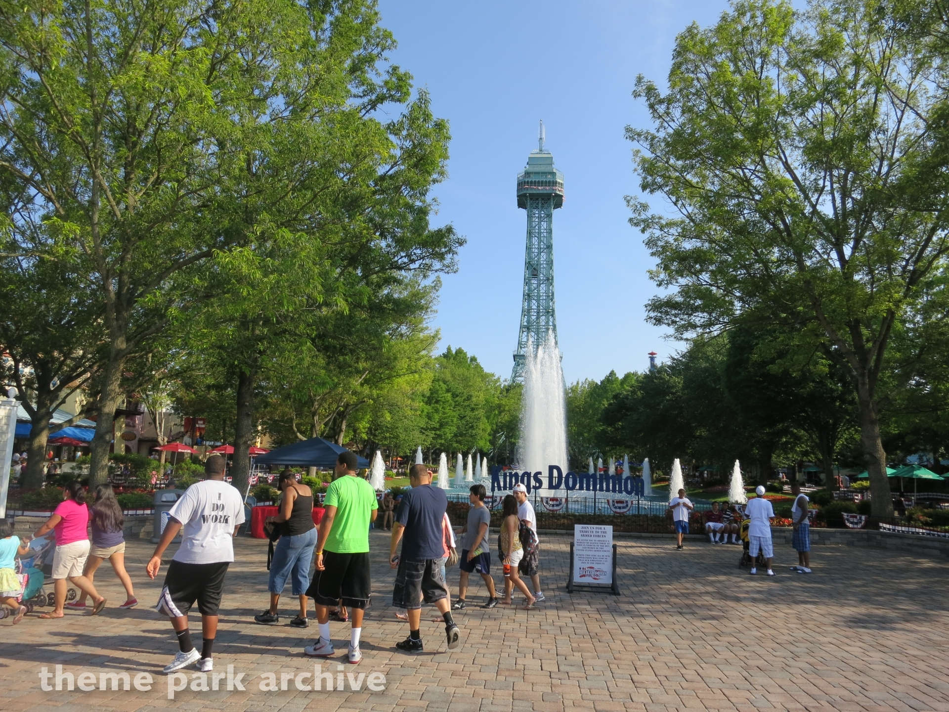 Eiffel Tower at Kings Dominion