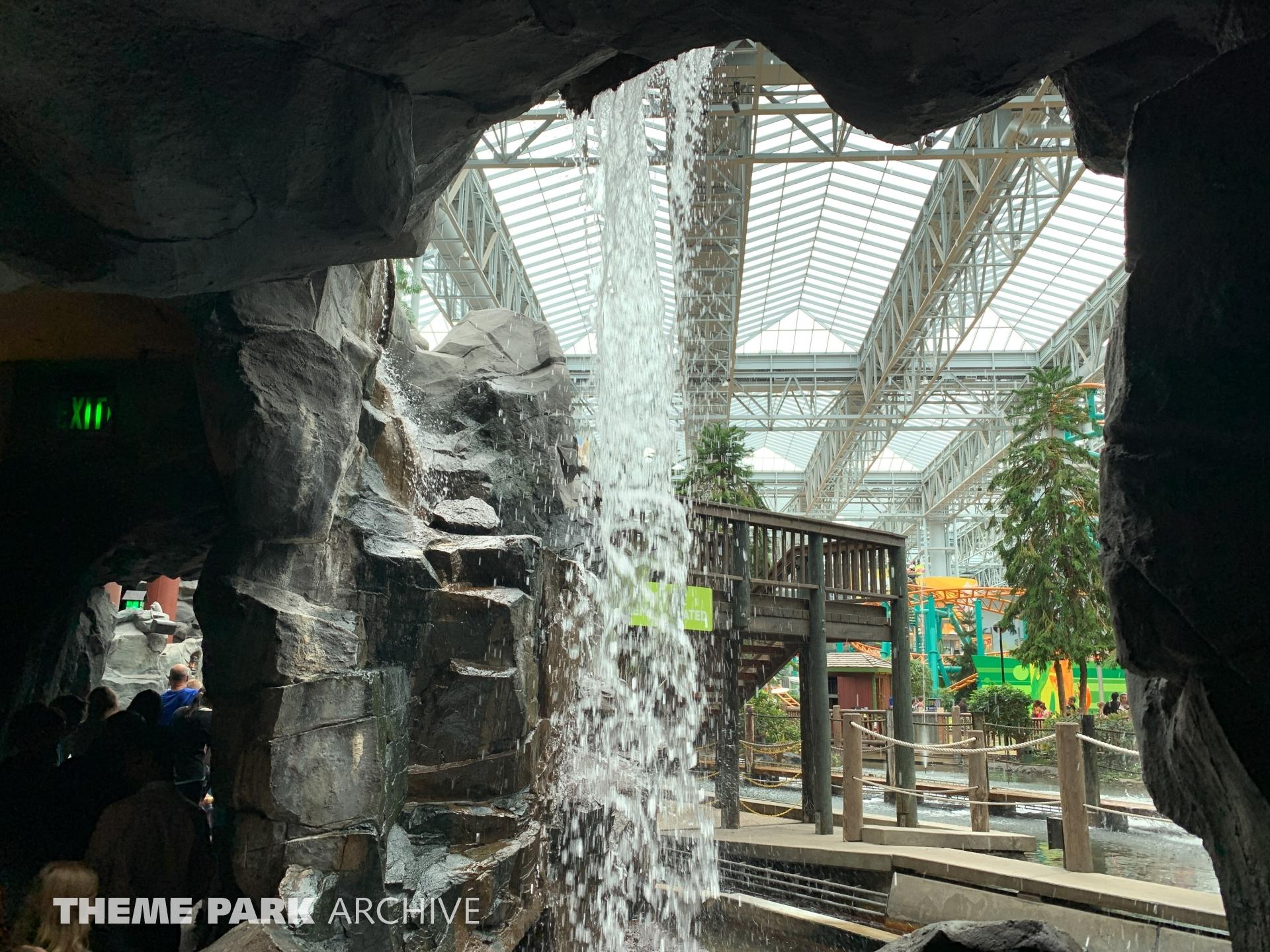 Paul Bunyan's Log Chute at Nickelodeon Universe at Mall of America