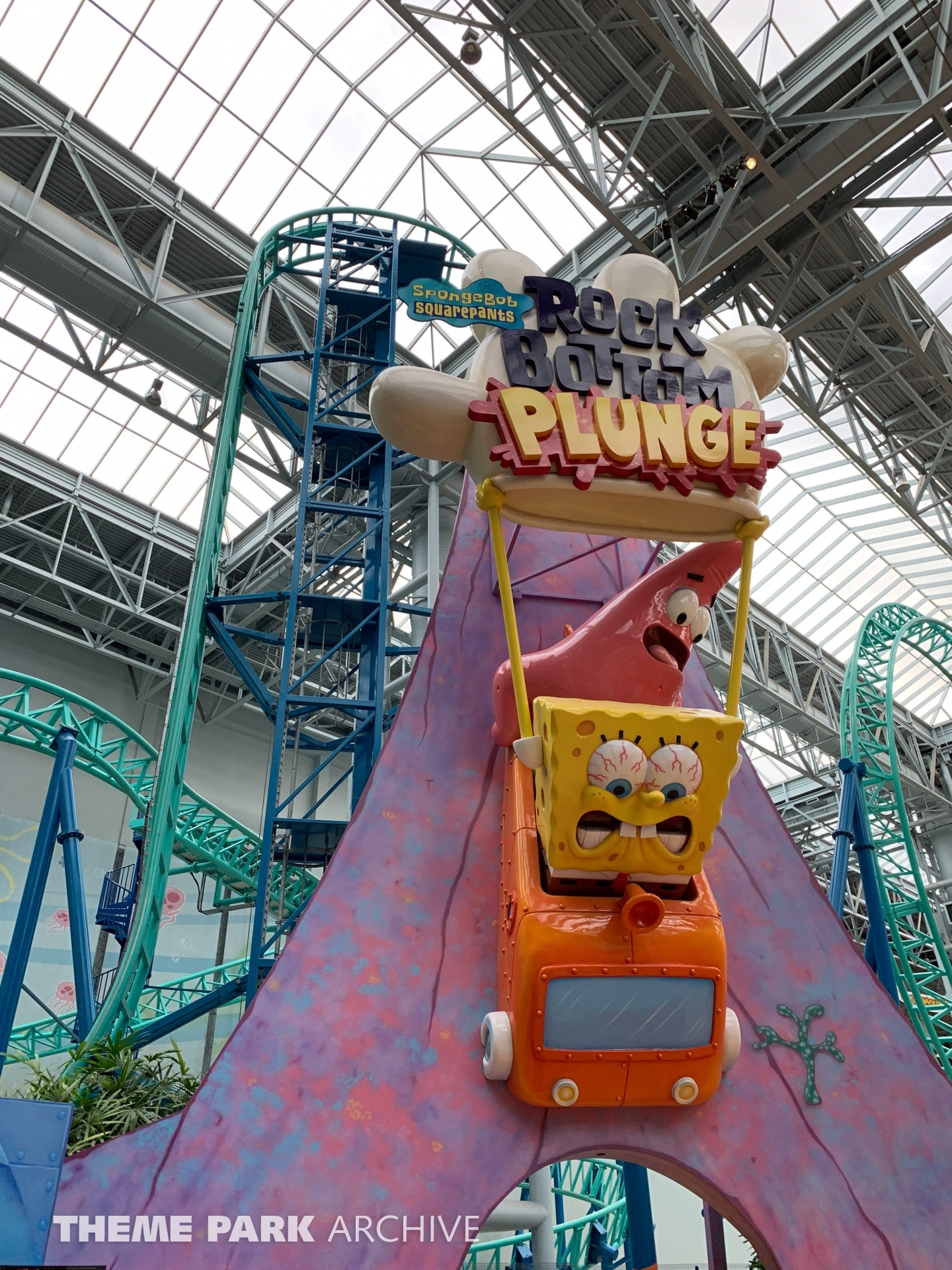 SpongeBob SquarePants Rock Bottom Plunge at Nickelodeon Universe at Mall of America