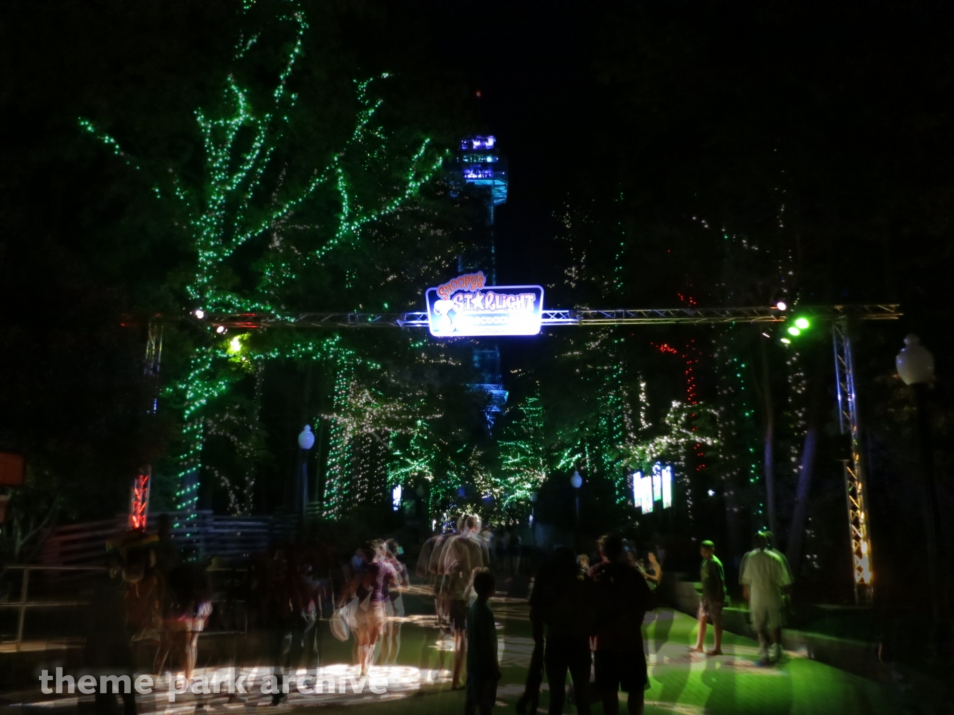 Starlight Spectacular at Kings Dominion | Theme Park Archive