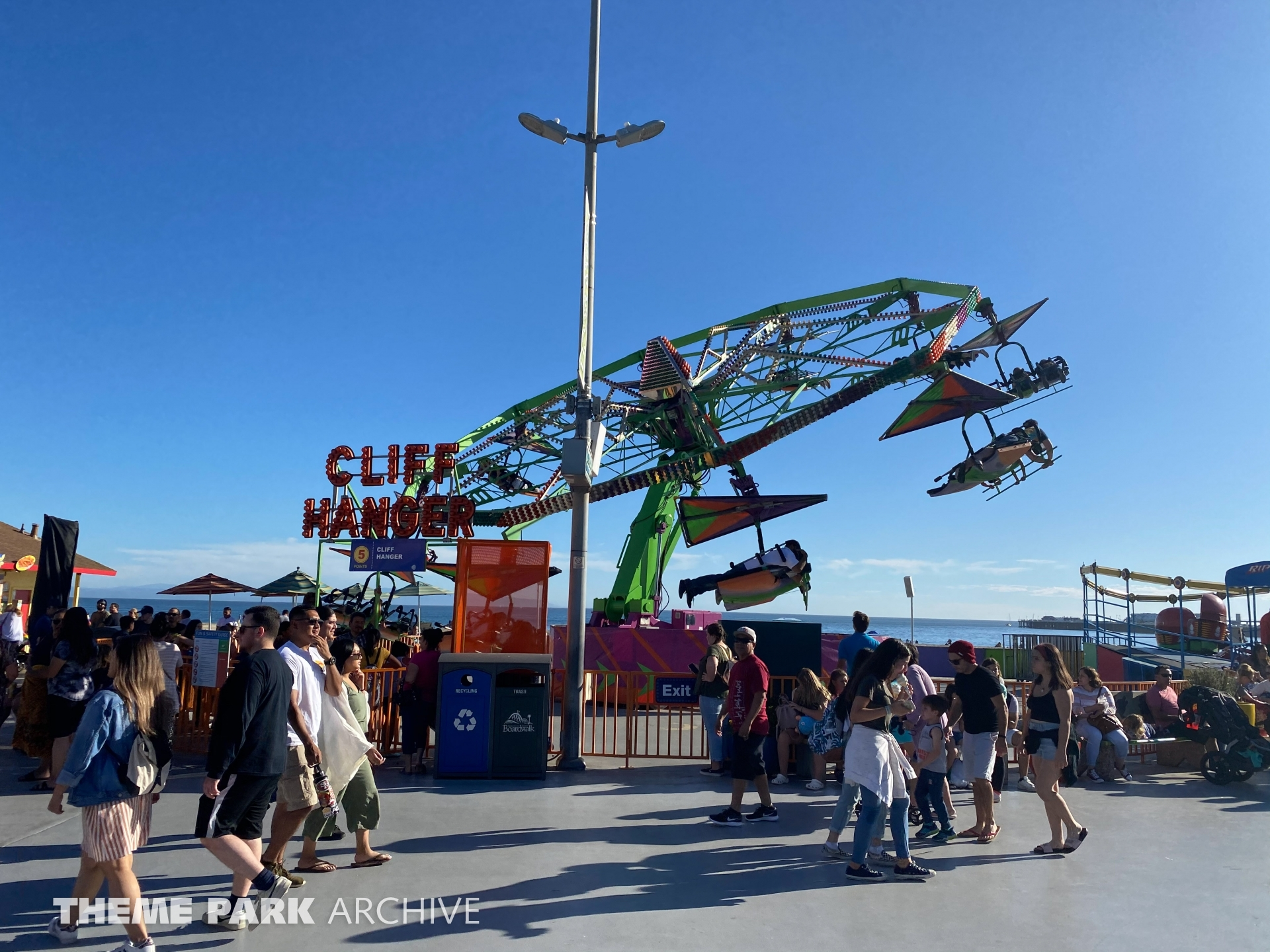 Cliff Hanger at Santa Cruz Beach Boardwalk