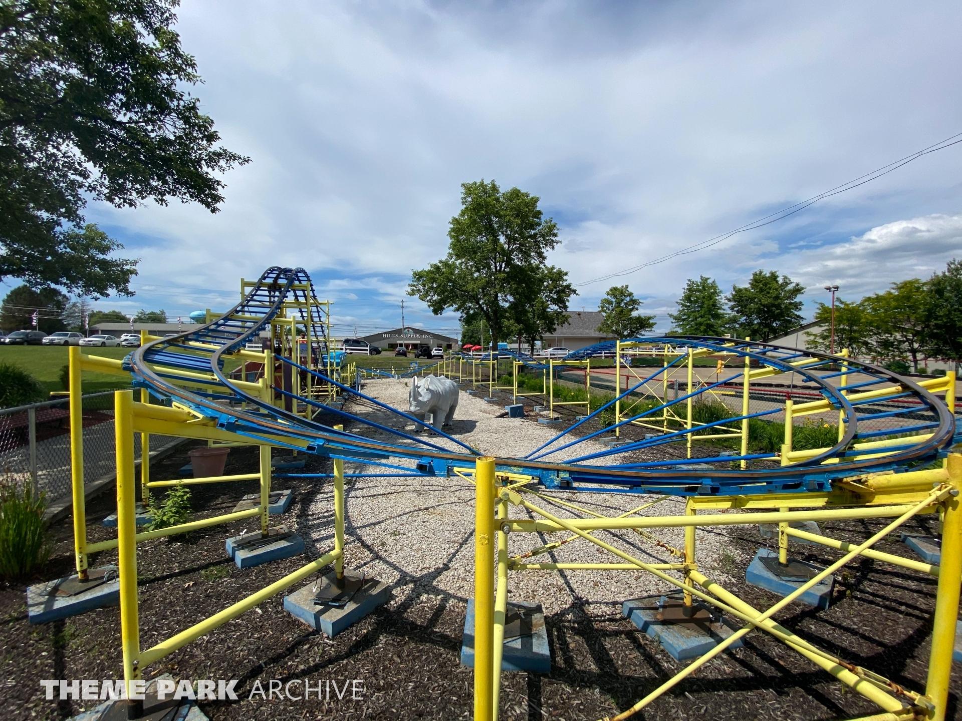 Lil Dipper Roller Coaster at Sluggers & Putters Amusement Park