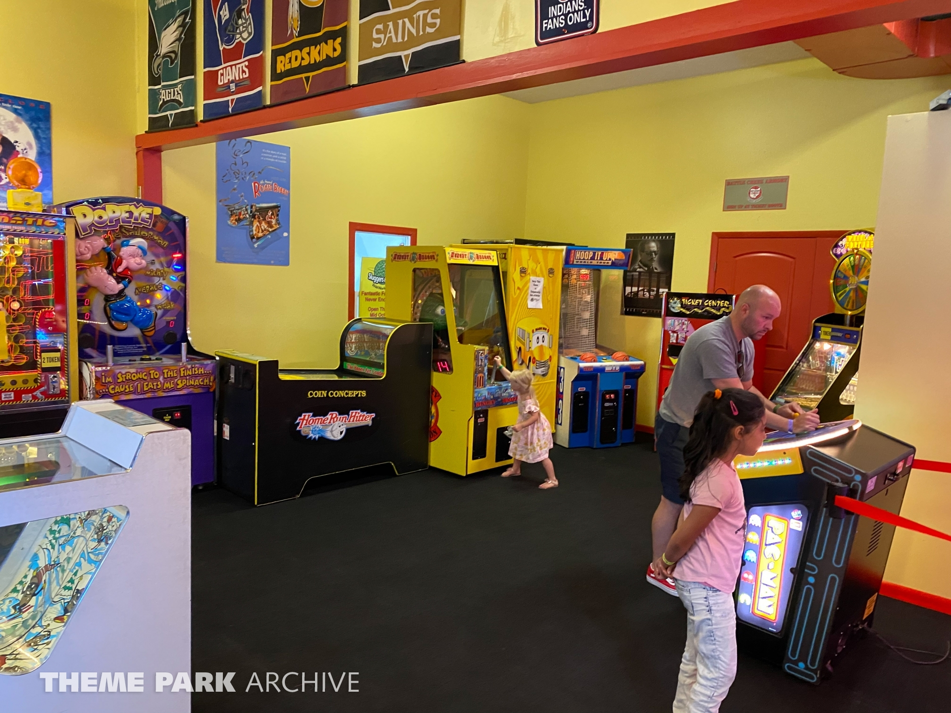 Flying Monkey Arcade at Sluggers & Putters Amusement Park