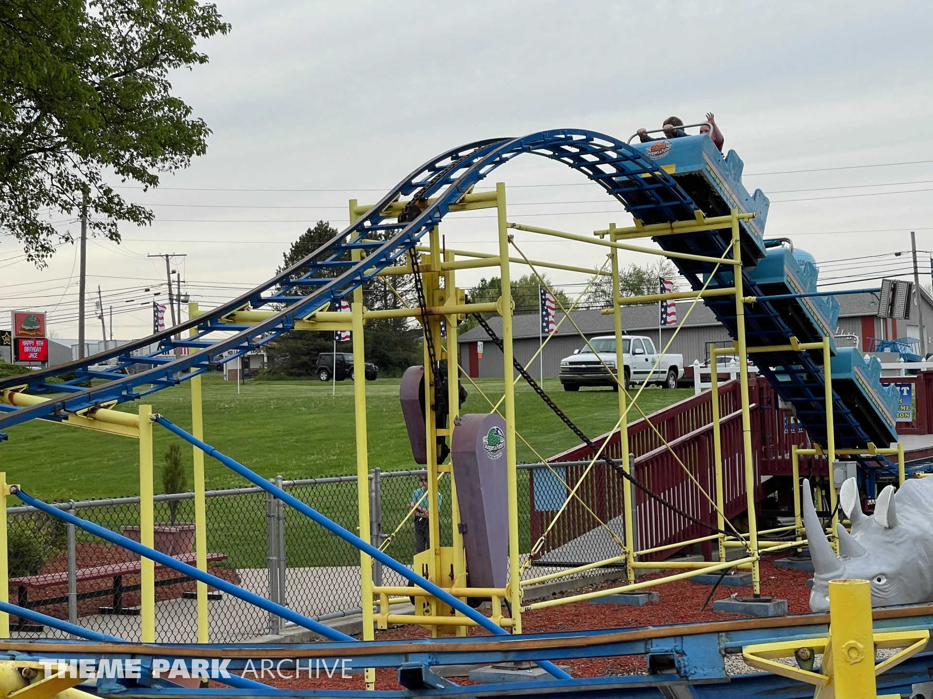 Lil Dipper Roller Coaster at Sluggers & Putters Amusement Park