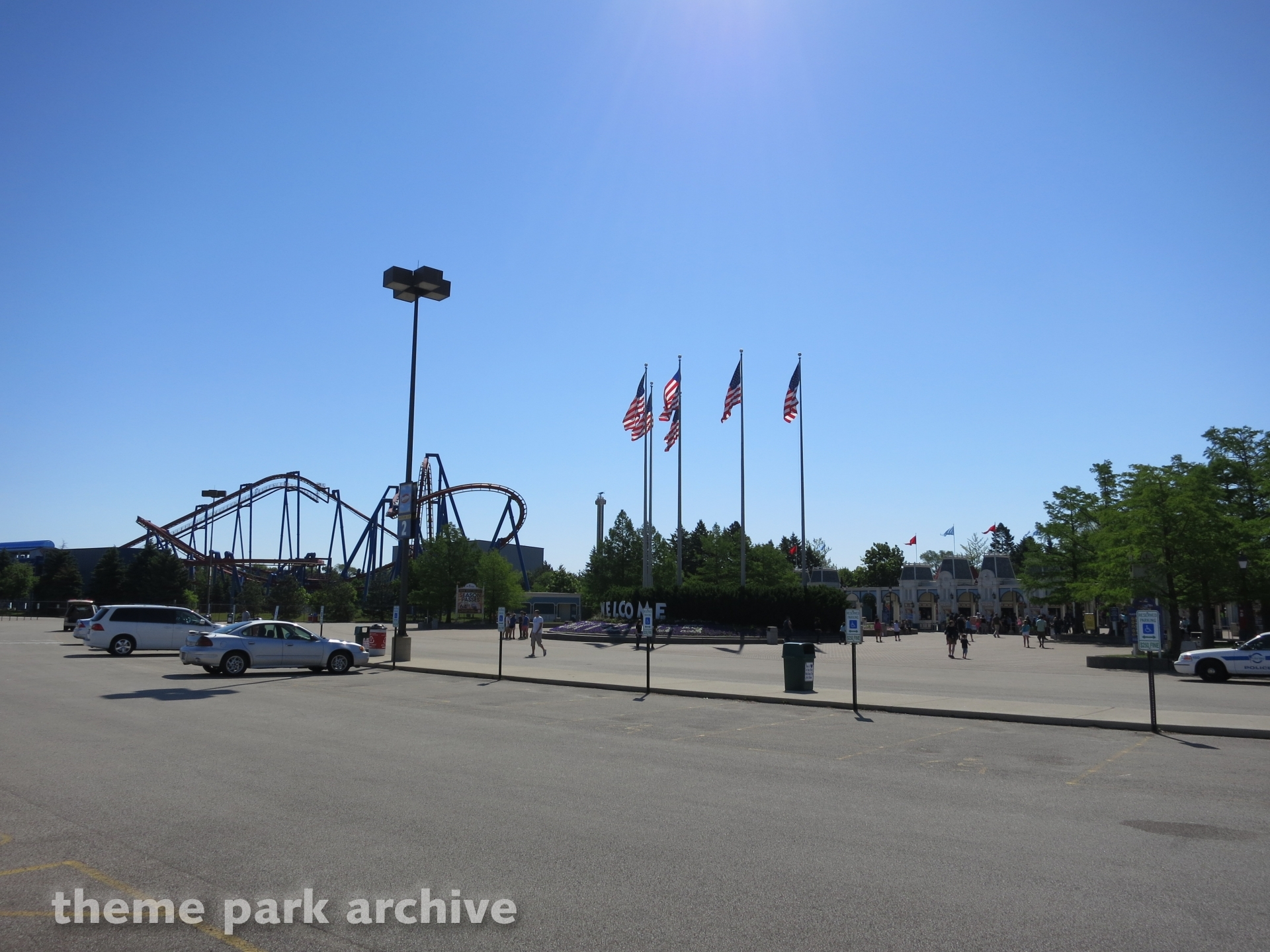 Carousel Plaza at Six Flags Great America