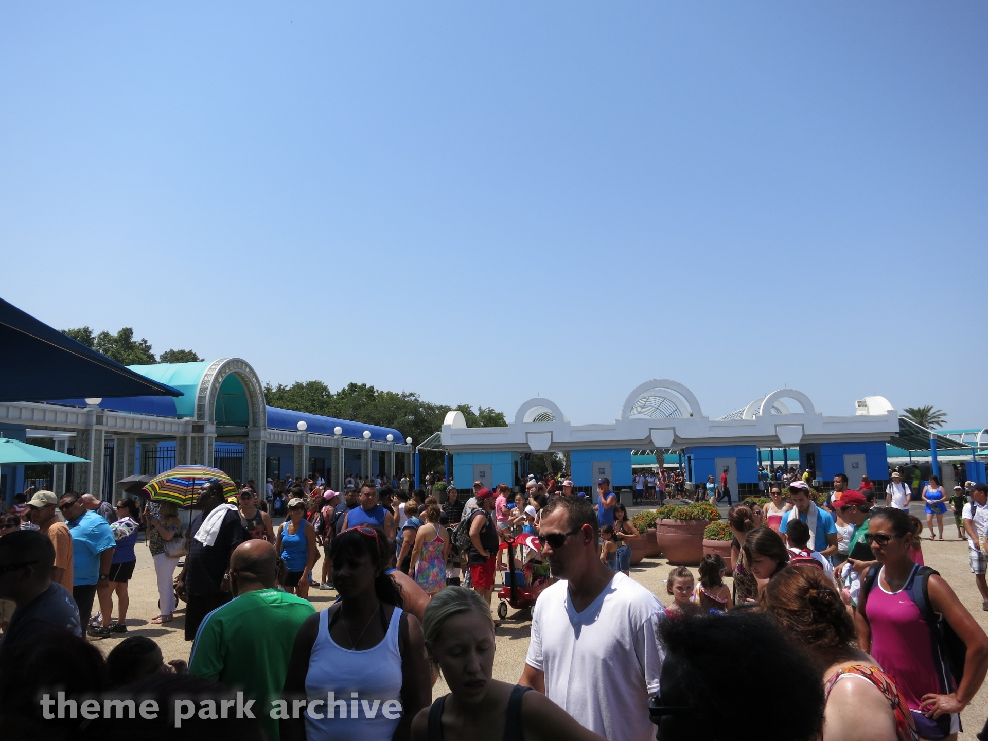 Entrance at Sea World San Antonio