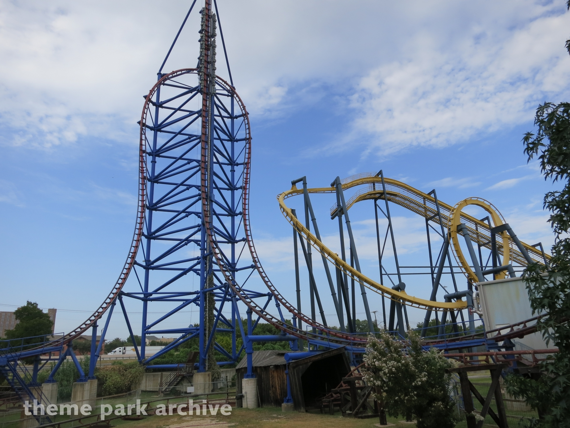 Mr  Freeze at Six Flags Over Texas | Theme Park Archive