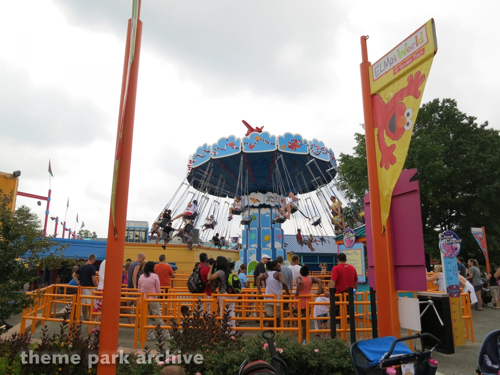 Elmo's Cloud Chaser at Sesame Place