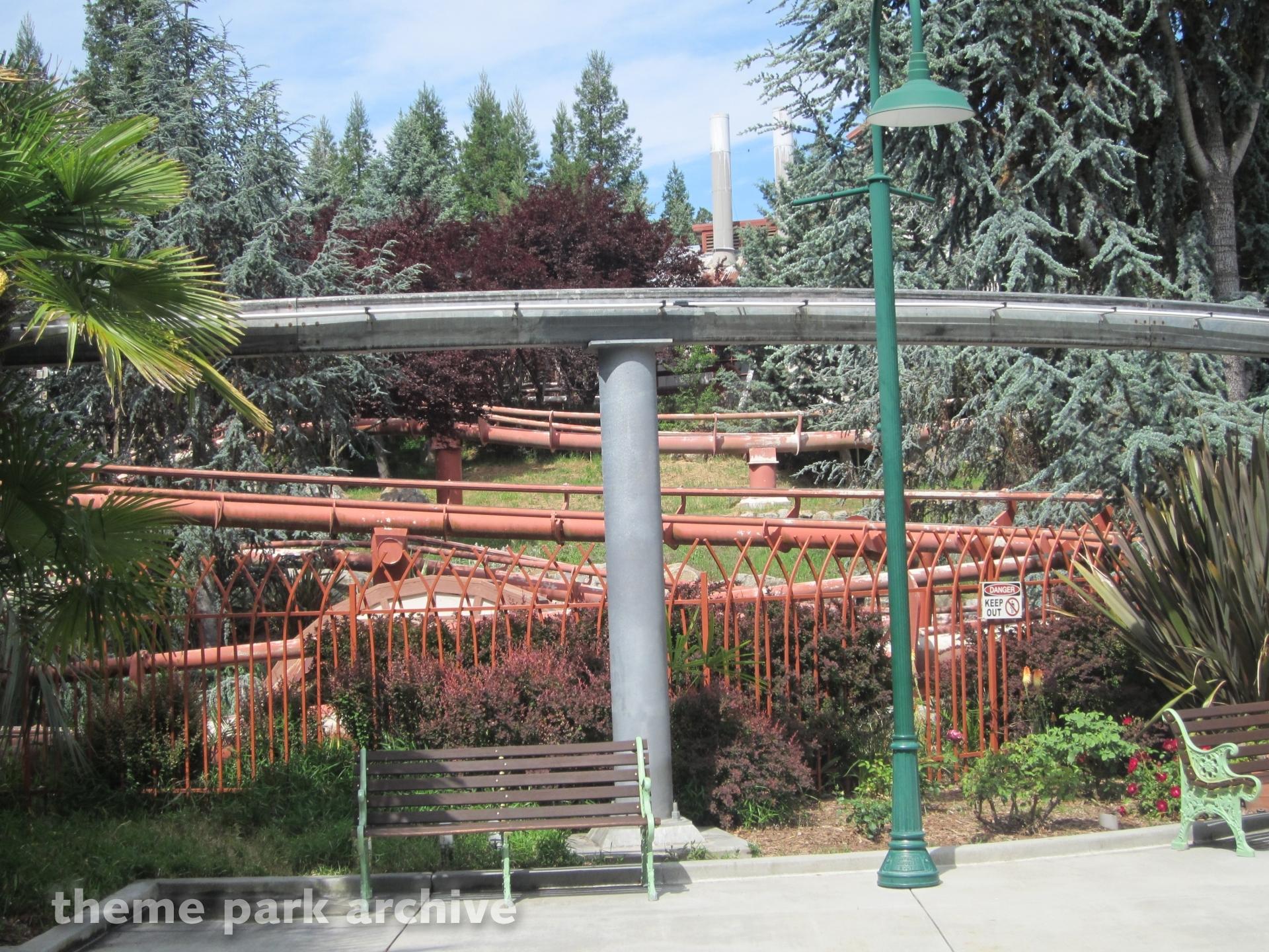 Quicksilver Express at Gilroy Gardens