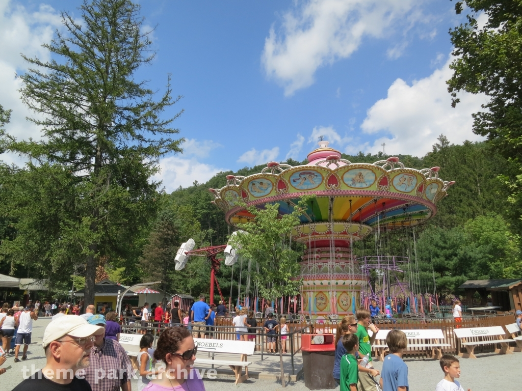 Italian Trapeze at Knoebels Amusement Resort