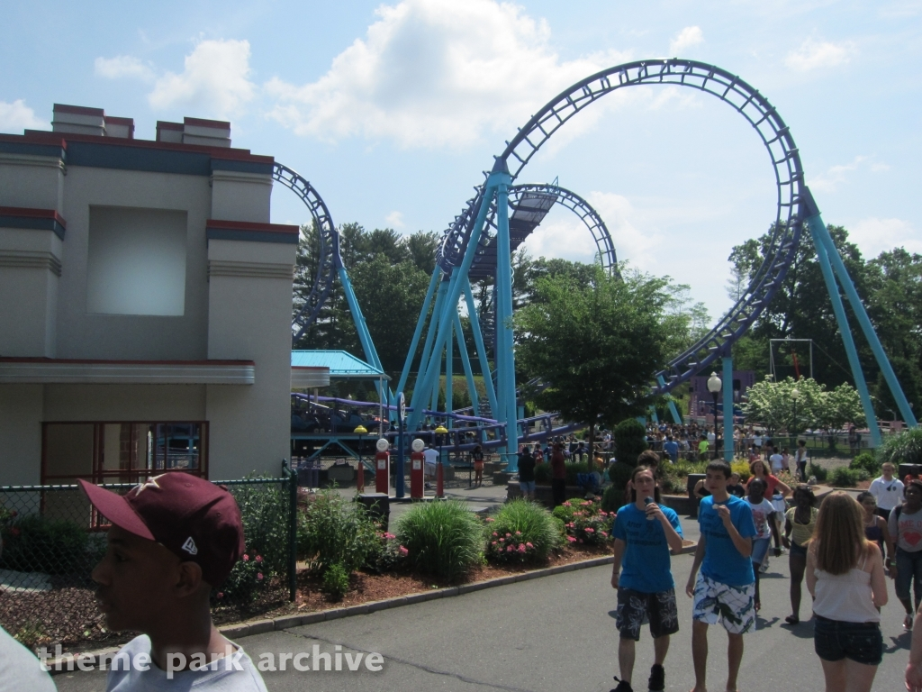 theme park archive zoomerang at lake compounce