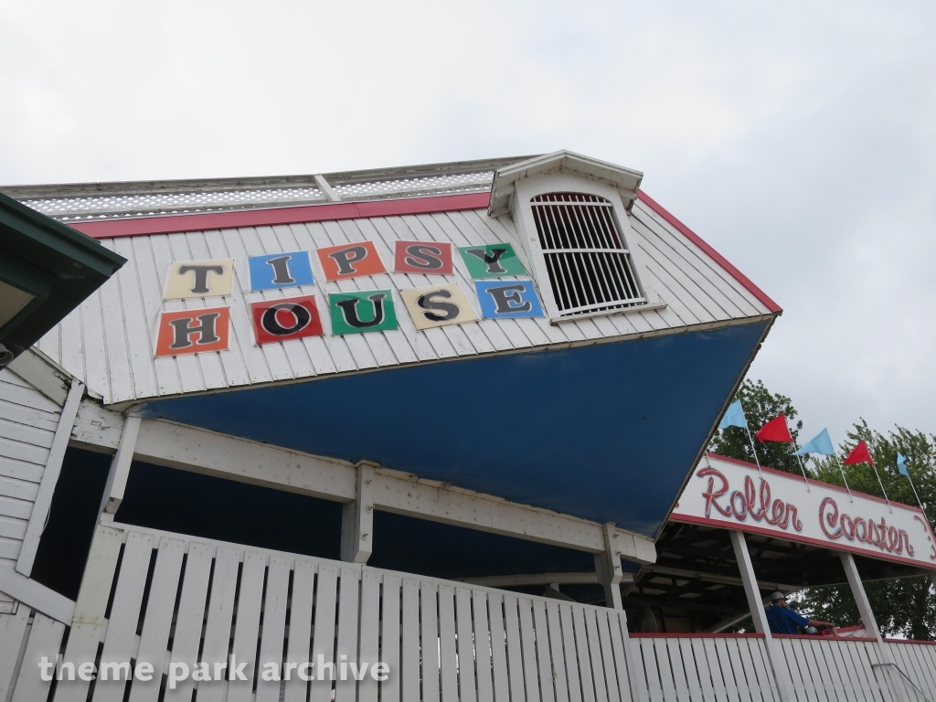 Tipsy House at Arnolds Park