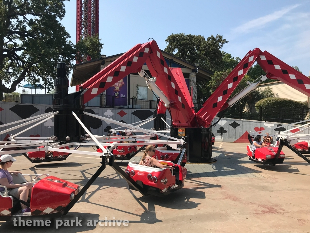 Harley Quinn Spinsanity at Six Flags Over Texas