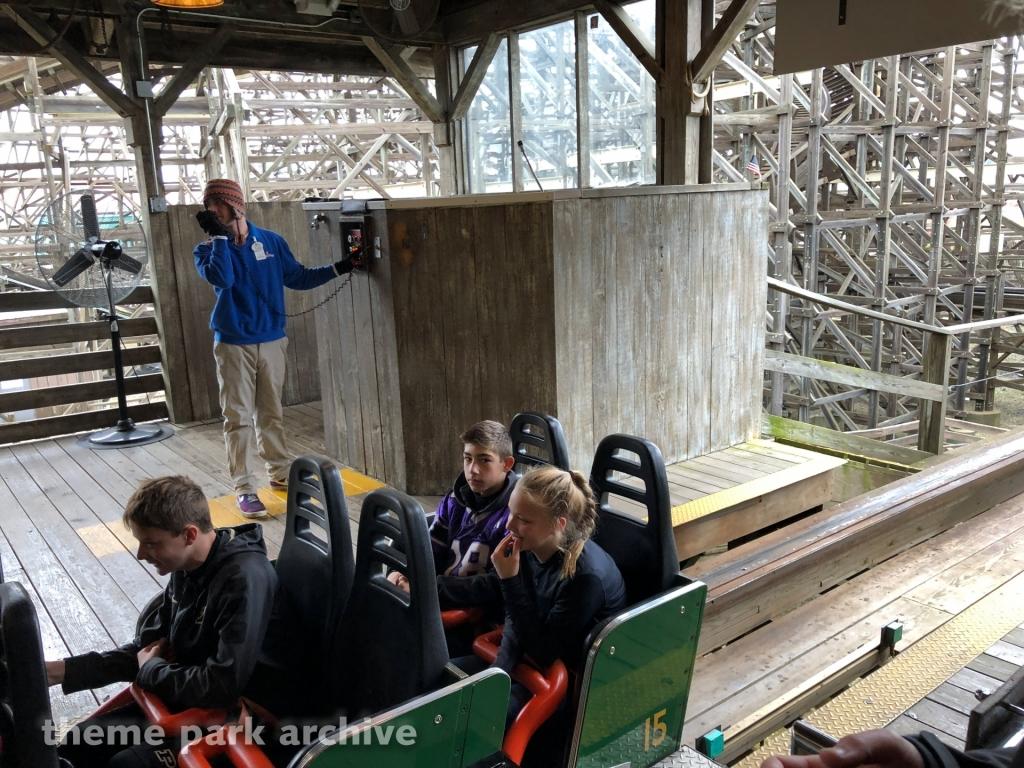 Viper at Six Flags Great America