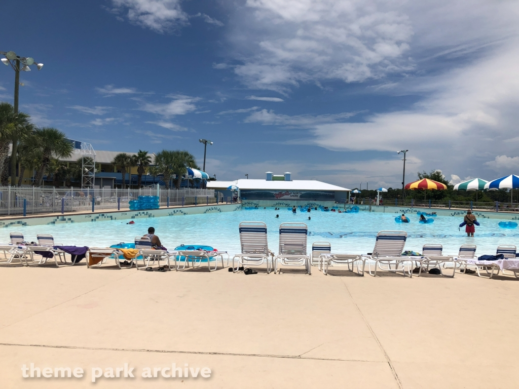North Shore Wave Pool at Waterville USA