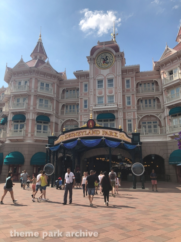 Disneyland Hotel at Disneyland Paris