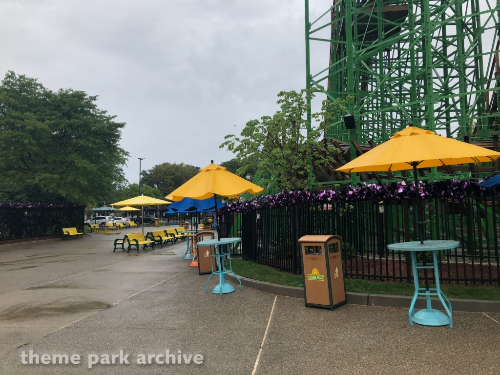 Oscar's Wacky Taxi at Sesame Place