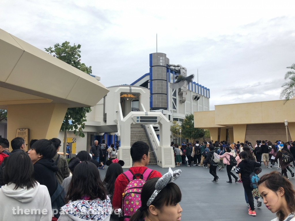 Star Tours The Adventures Continue at Tokyo Disneyland