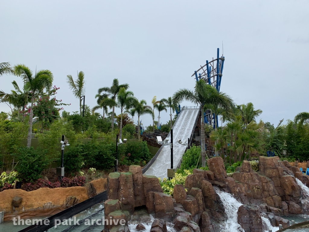 Infinity Falls at Sea World Orlando