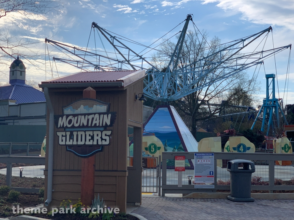 Mountain Gliders at Carowinds