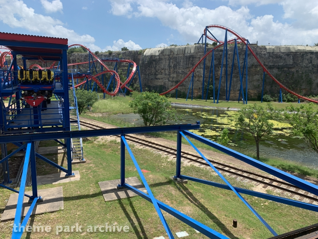 Superman Krypton Coaster at Six Flags Fiesta Texas
