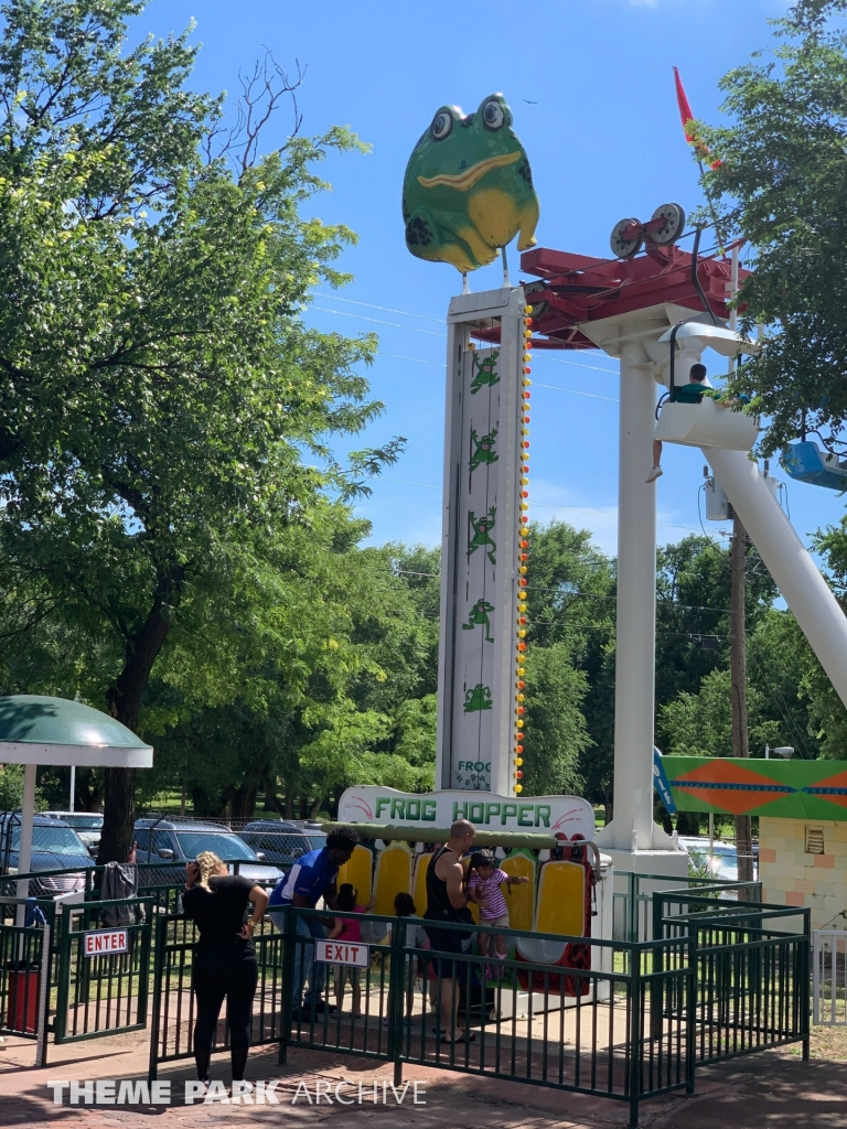 Frog Hopper at Wonderland Amusement Park