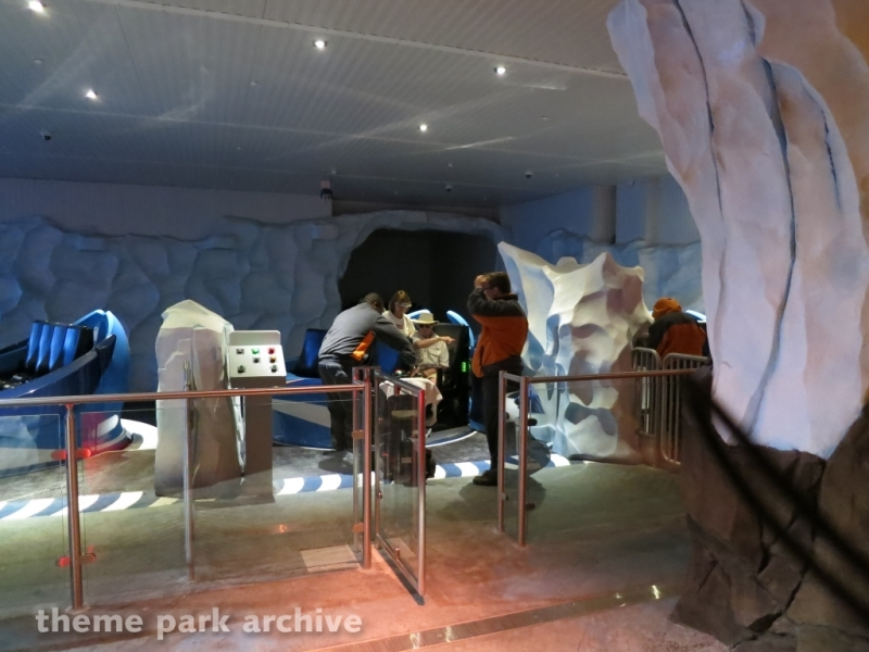 Antarctica Empire of the Penguin at Sea World Orlando