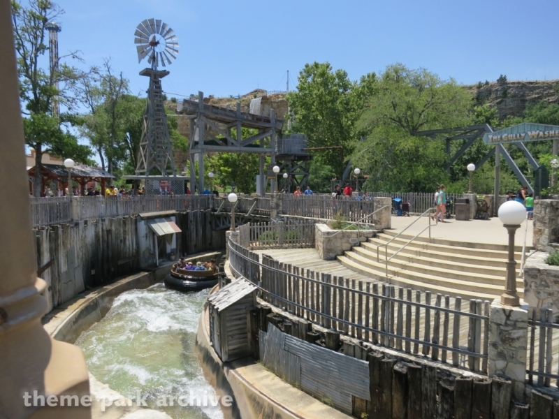 The Gully Washer at Six Flags Fiesta Texas