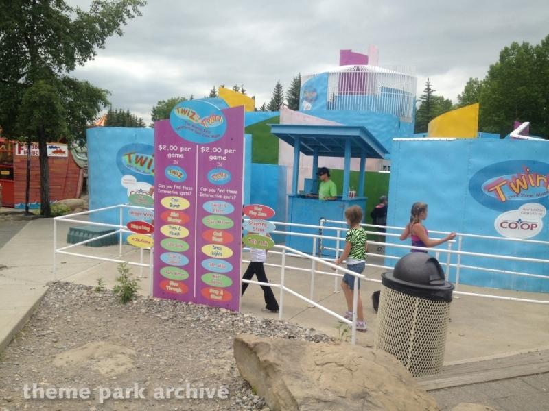 Twiz & Twirl Maze at Calaway Park