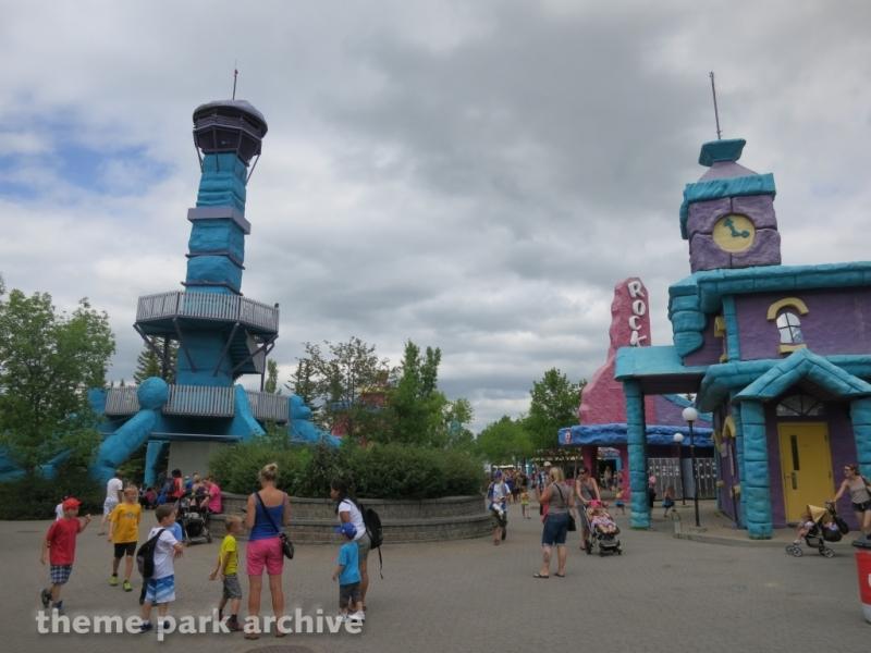 Tower   Lockers at Calaway Park