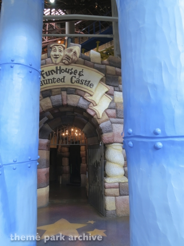 FunHouse & Haunted Castle at Galaxyland