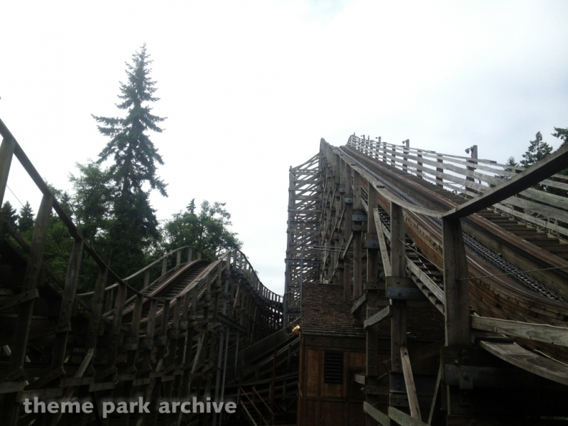 Timberhawk at Wild Waves Theme Park