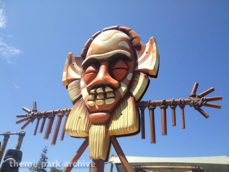 Tiki Twirl at California's Great America
